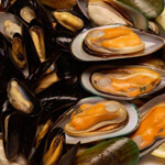 A List of Foods Rich in Manganese: From Mussels to Hazelnuts